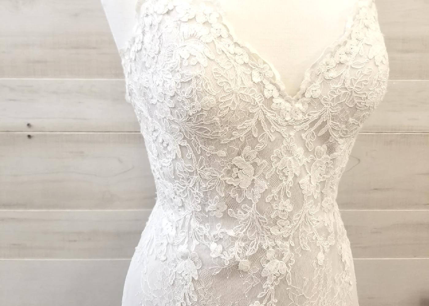 Photo of Flora's Bridal Sample Off-the-Rack Gown